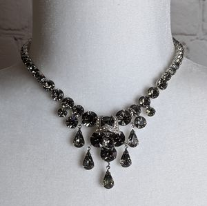 Vintage Signed Weiss Gray Stone Elegant Necklace
